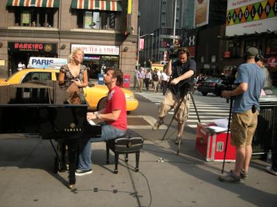 Jag, Bea och en flygel på Broadway