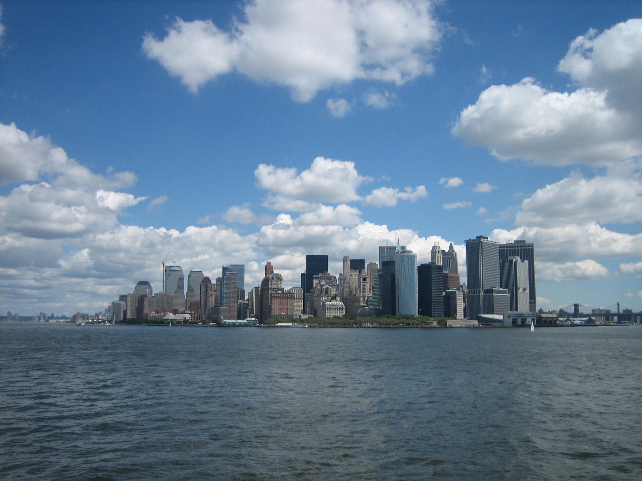 Manhattan från färjan